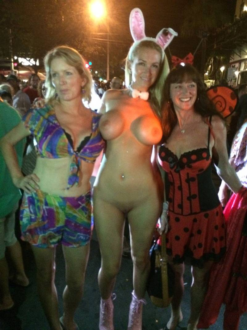 seattle-naked-halloween-party-core-porn-pictures
